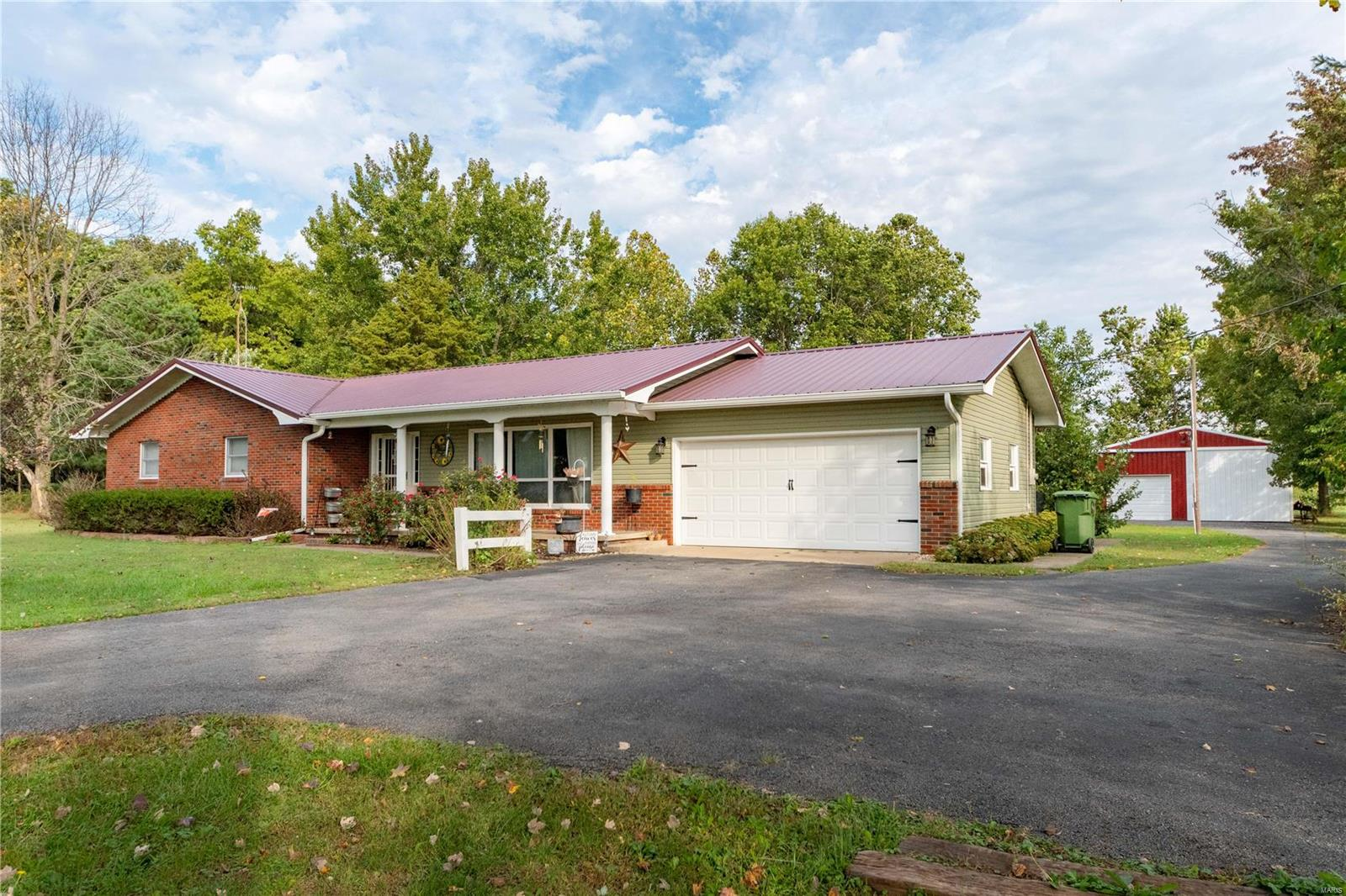 13399 S County Line Road Property Image
