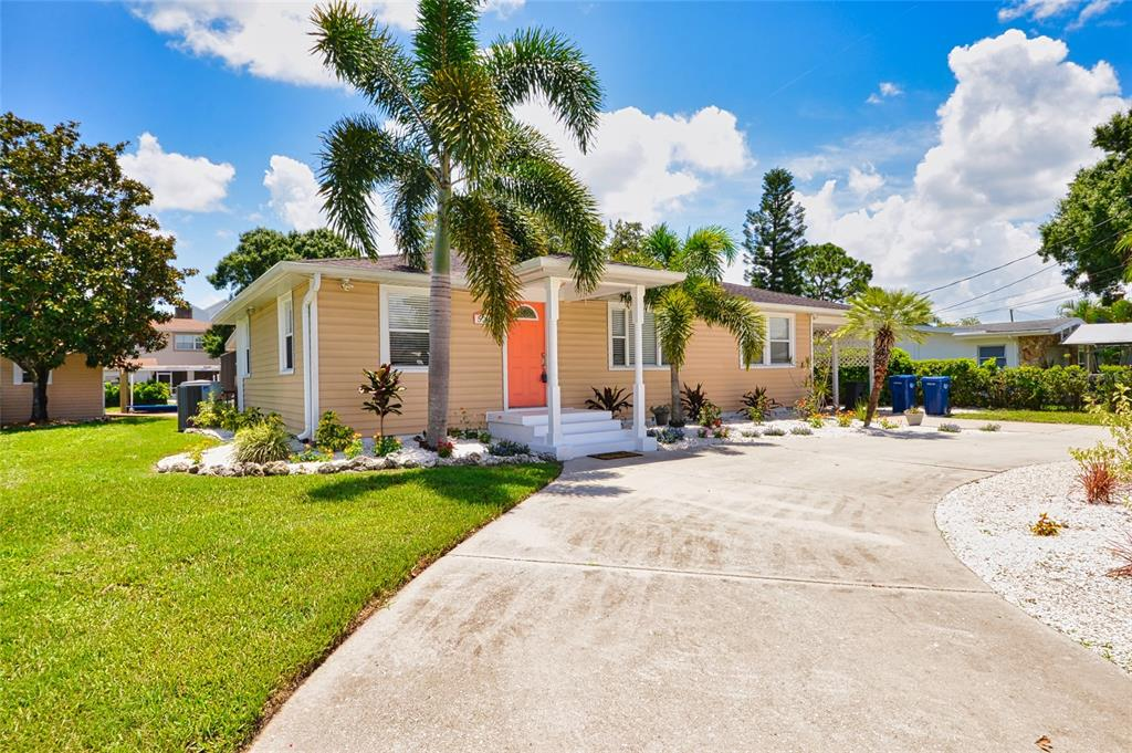 524 Palm Avenue Property Photo