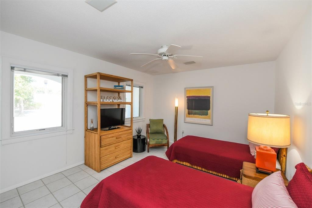 410, 411, 401 N Casey Key Road Property Photo 45