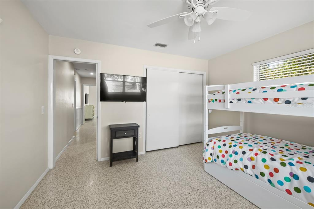 5102 5th Avenue Property Photo 11