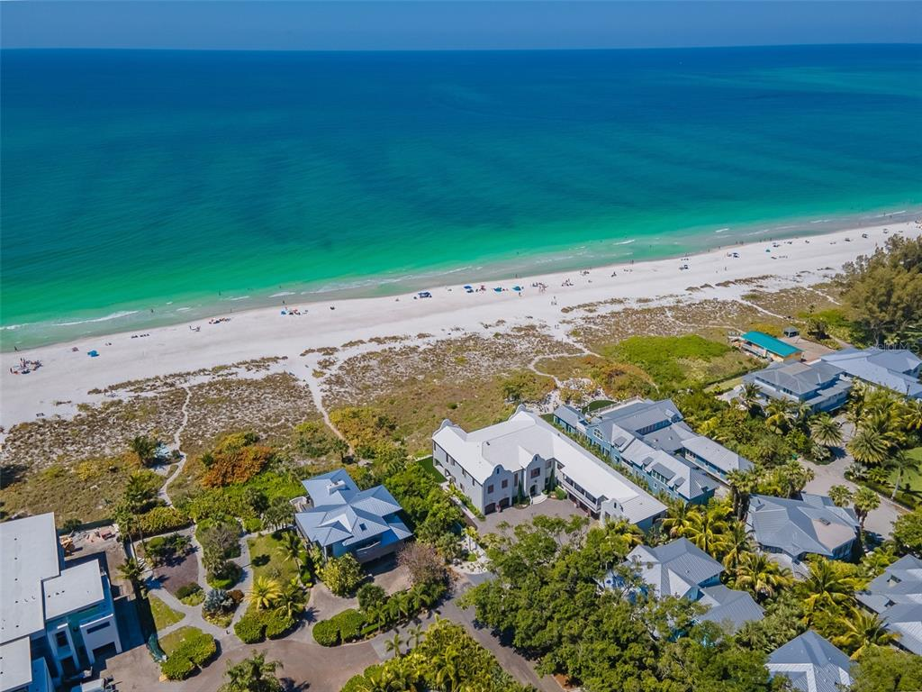 100 Beach Avenue Property Photo 3