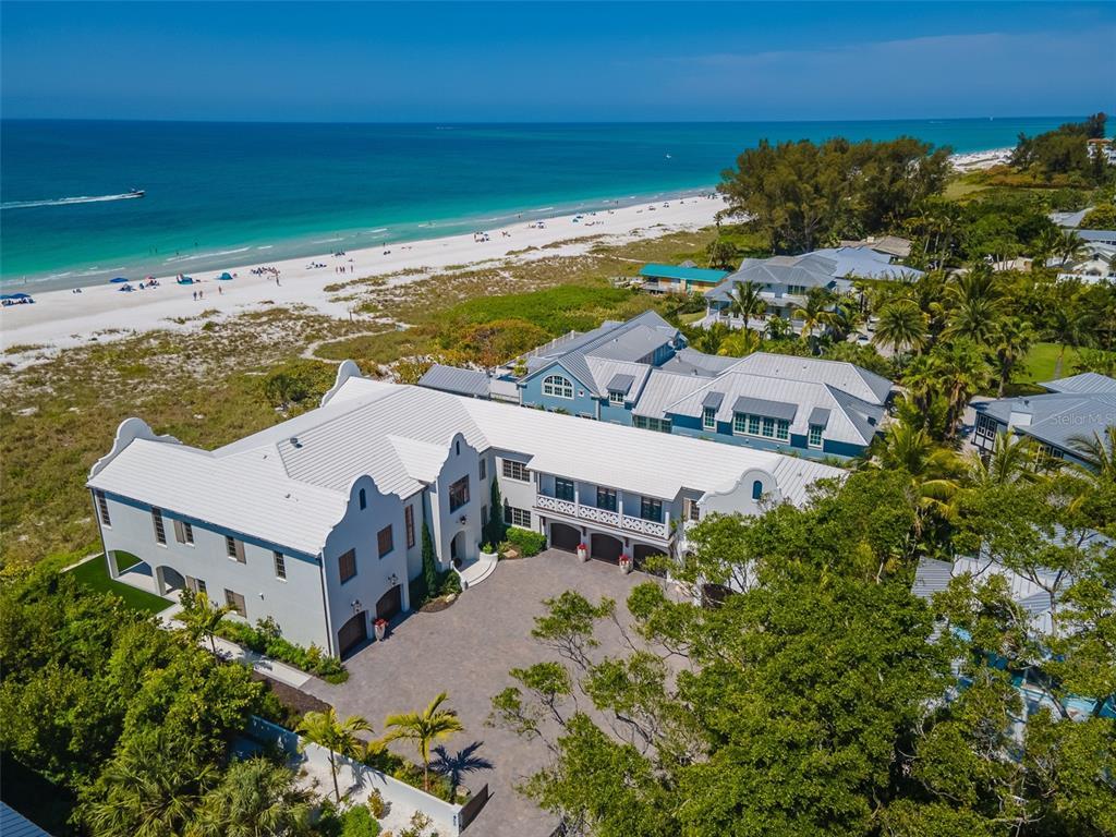 100 Beach Avenue Property Photo 4