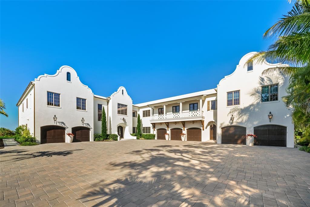 100 Beach Avenue Property Photo 5