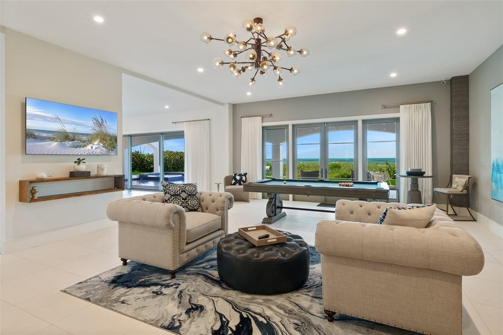 100 Beach Avenue Property Photo 8