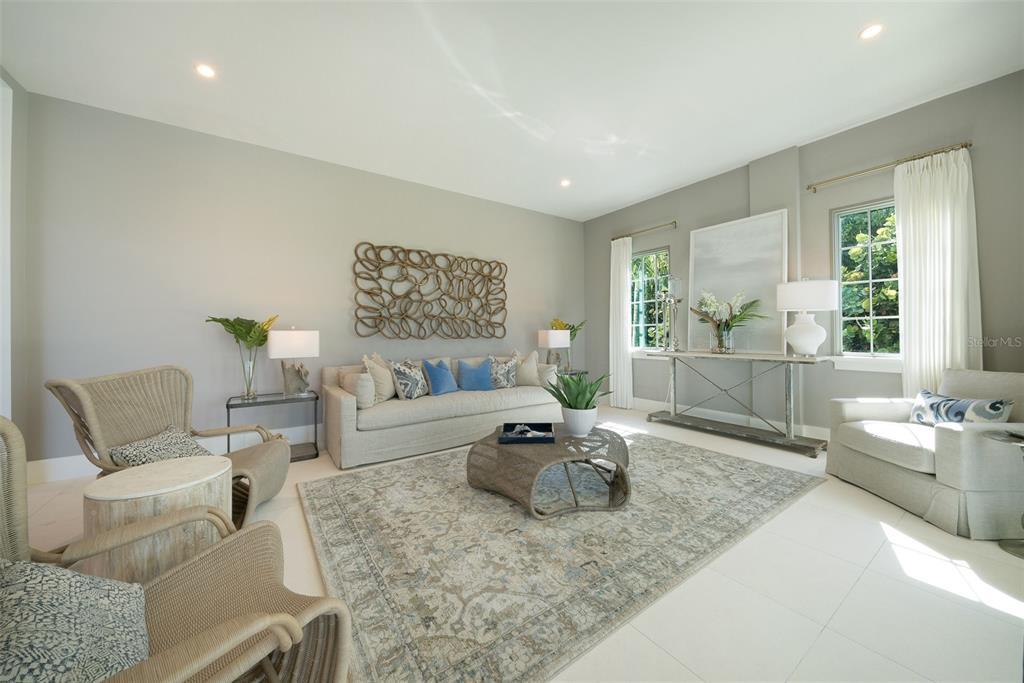 100 Beach Avenue Property Photo 10