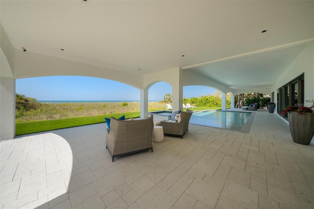 100 Beach Avenue Property Photo 16