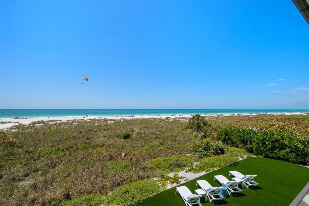 100 Beach Avenue Property Photo 23