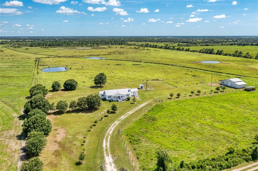 10807 Nw Lily County Line Road Property Photo