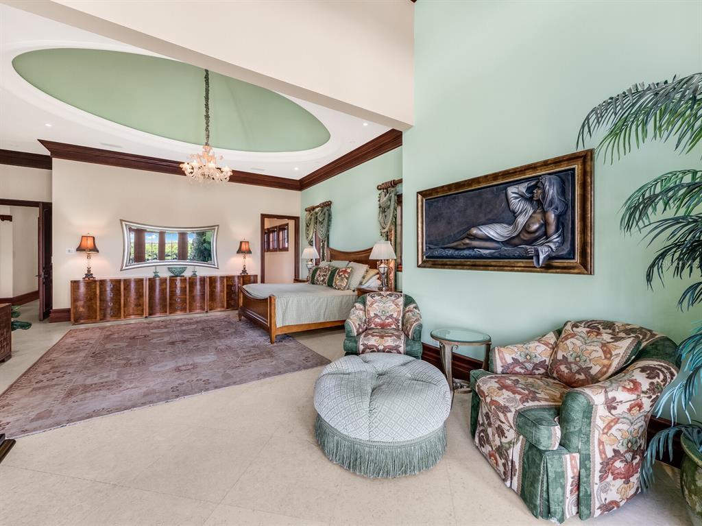 171 S Washington Drive Property Photo 25