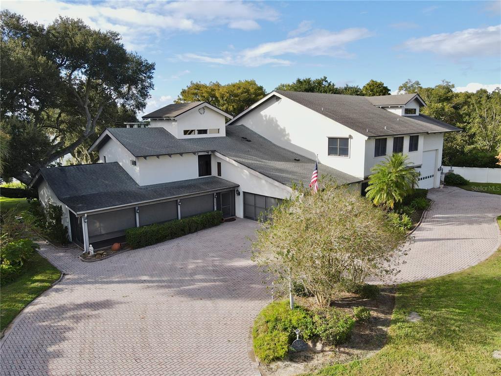 5032 Lake Carlton Drive Property Photo 1