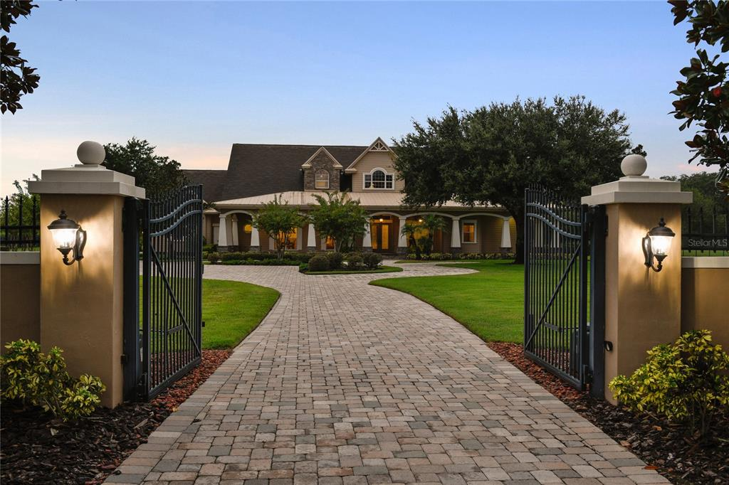 17240 Breeders Cup Drive Property Photo 1