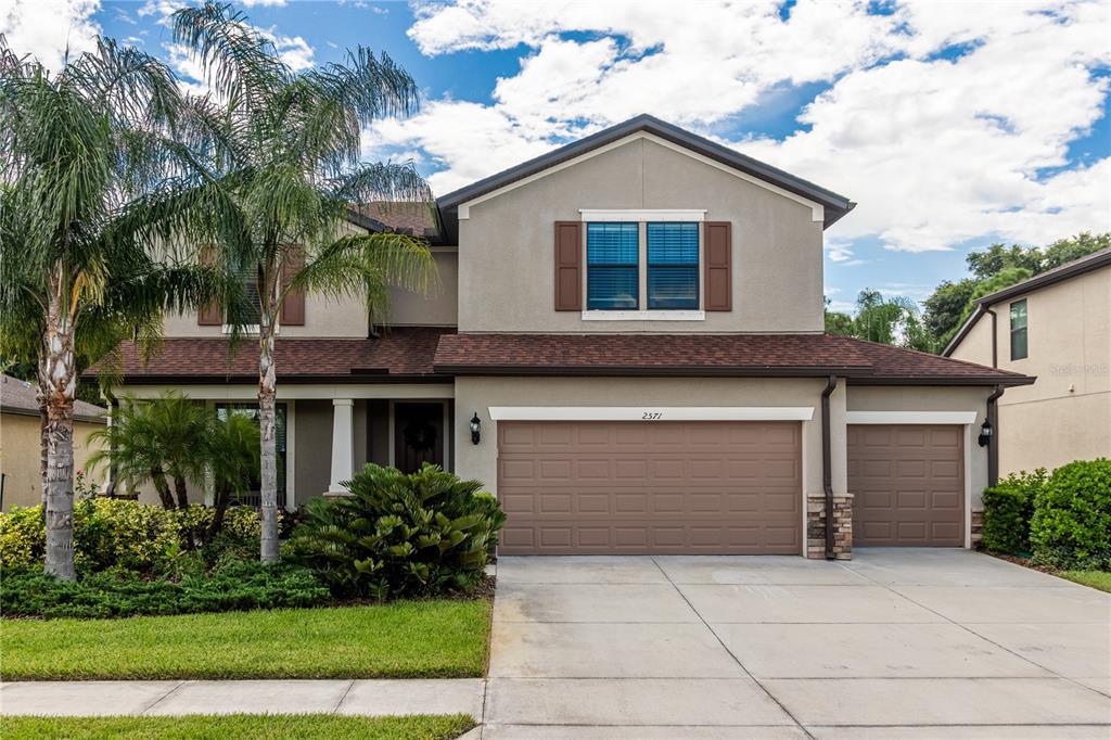 2571 Sherman Oak Drive Property Photo 1