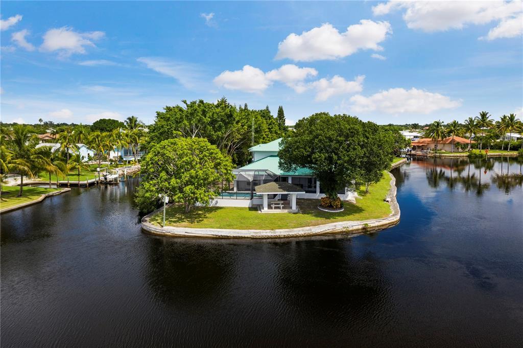 4515 Palm Drive Property Photo 1