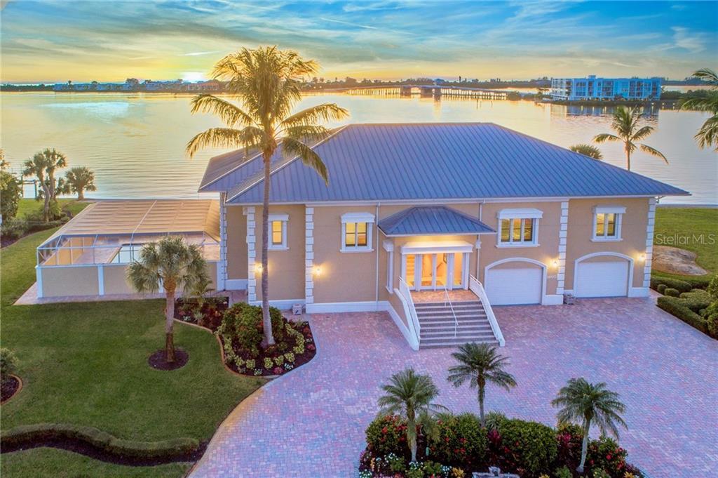 1460 Lemon Bay Drive Property Photo 1