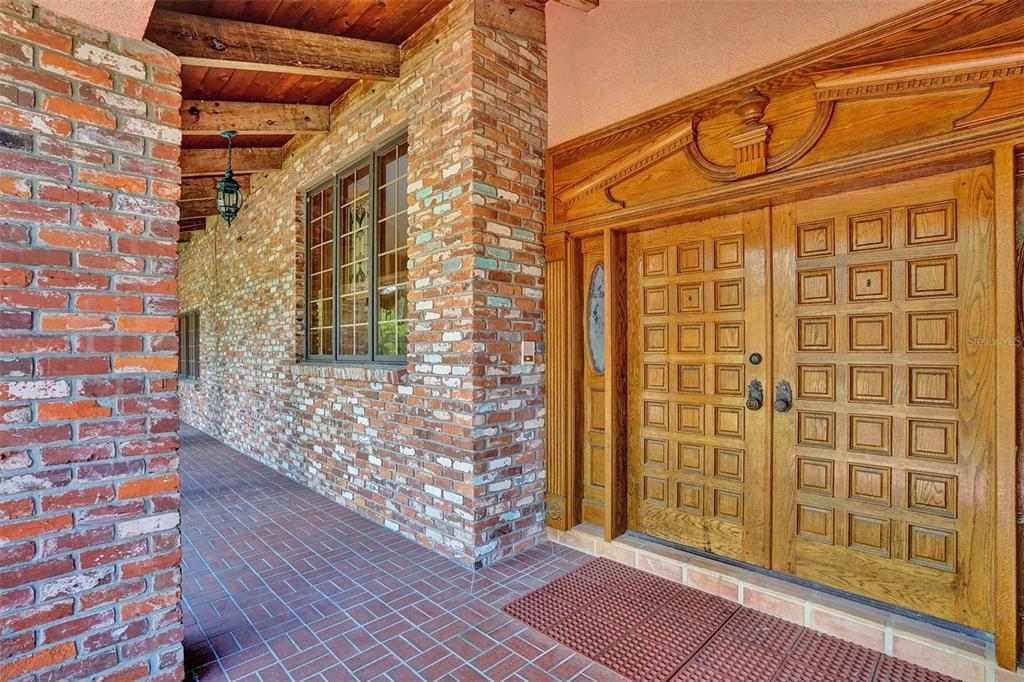 401 Leucadendra Drive Property Photo 22