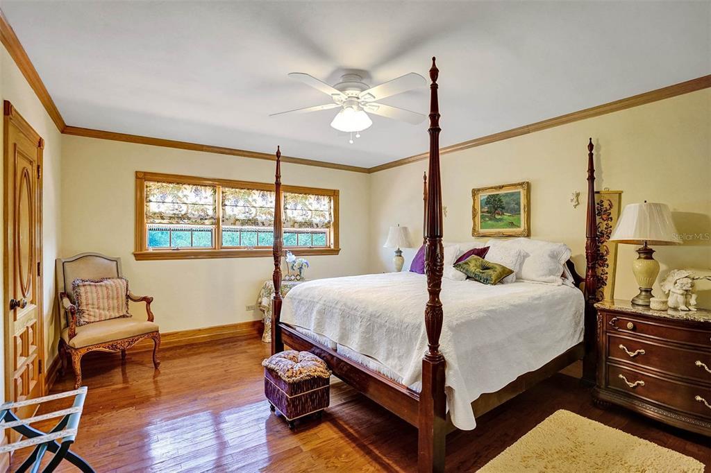 401 Leucadendra Drive Property Photo 47