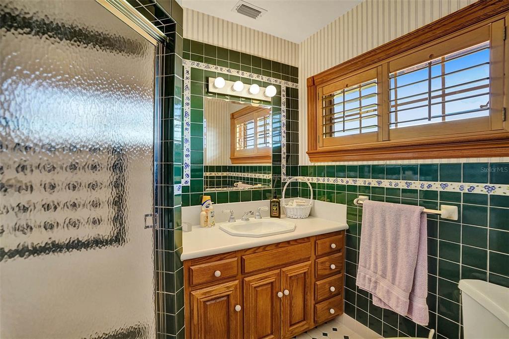 401 Leucadendra Drive Property Photo 54