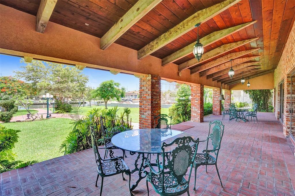 401 Leucadendra Drive Property Photo 61