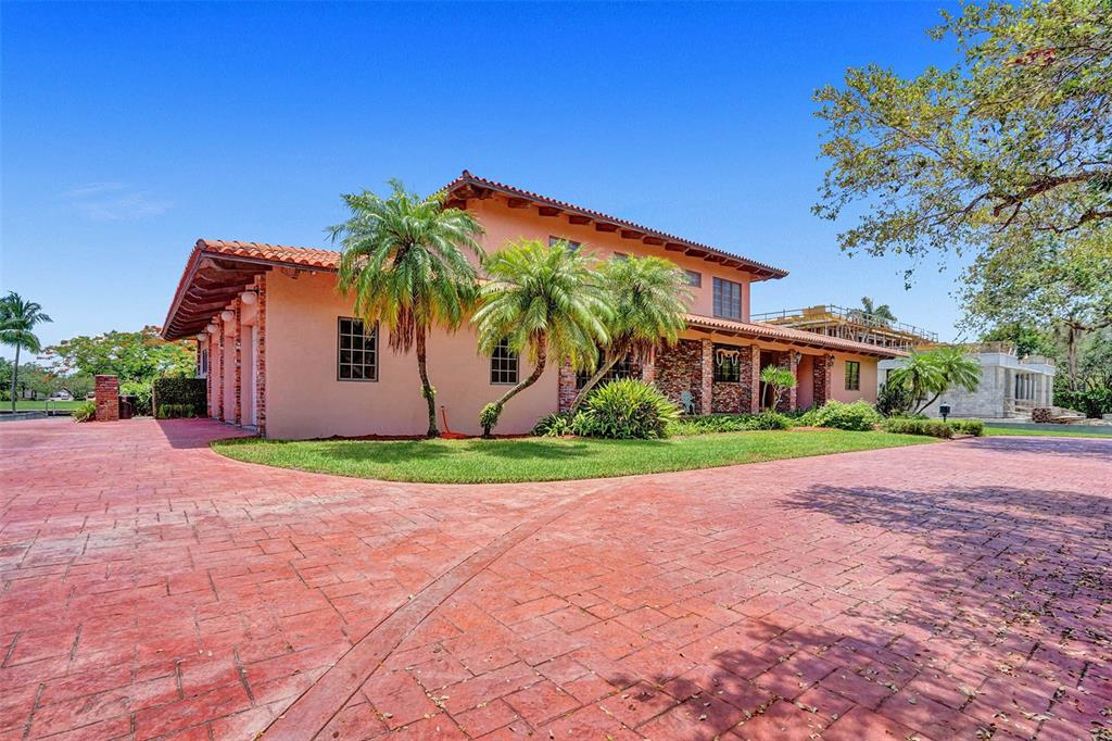 401 Leucadendra Drive Property Photo 62