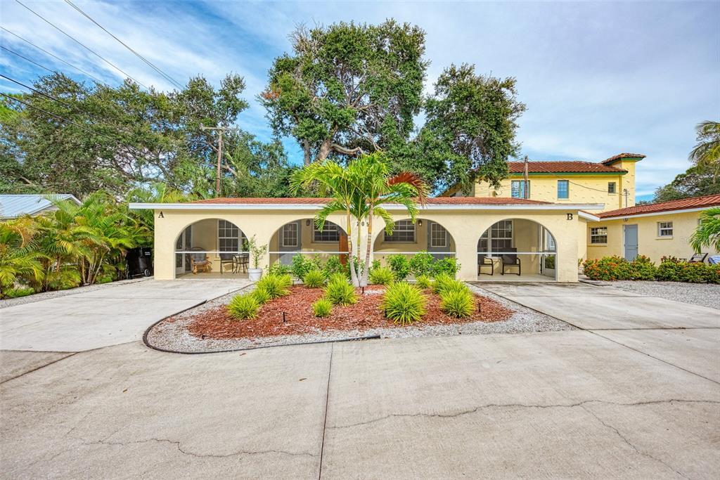 205 Avenue Des Parques Property Photo 1