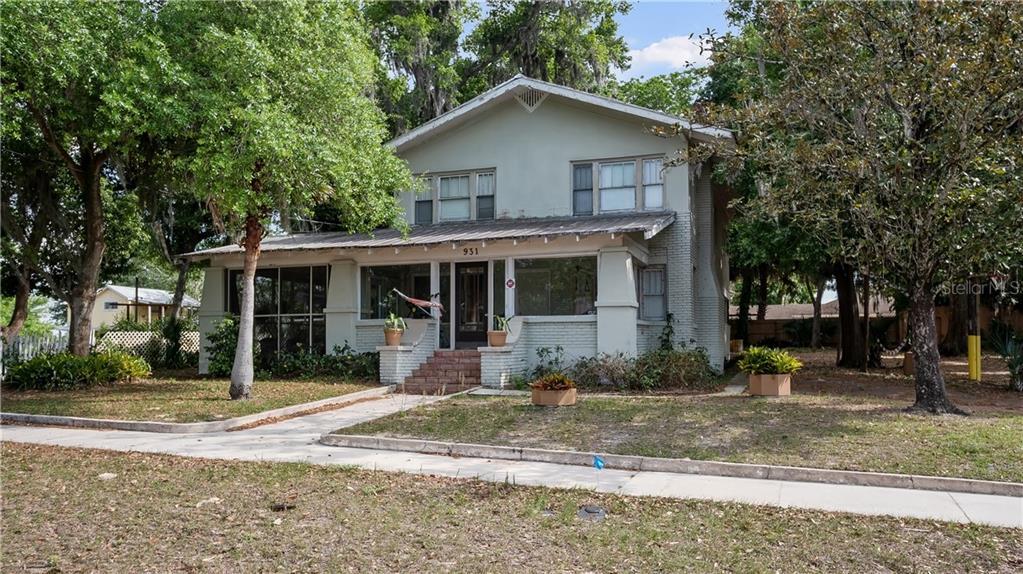 931 W Montrose Street Property Photo 1