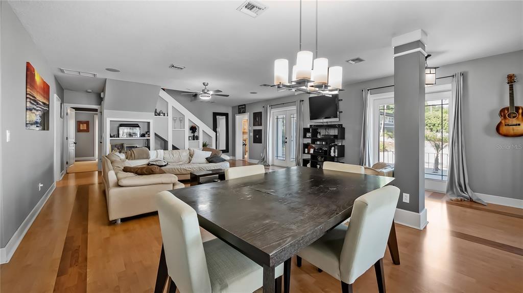 218 W Lakeshore Drive Property Photo 12
