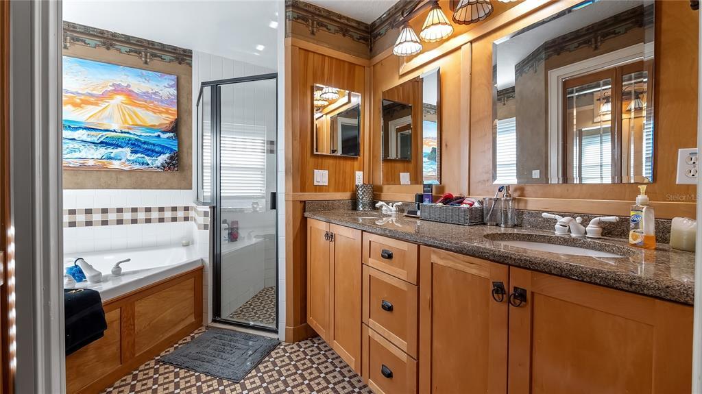 218 W Lakeshore Drive Property Photo 22