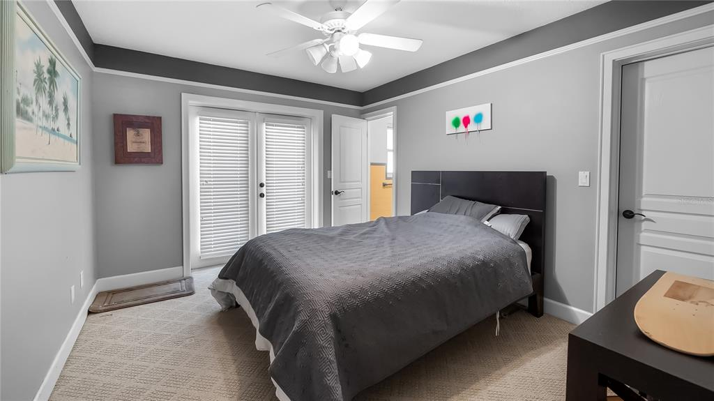 218 W Lakeshore Drive Property Photo 24