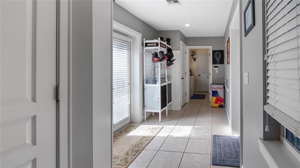 218 W Lakeshore Drive Property Photo 30