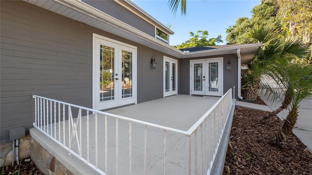 218 W Lakeshore Drive Property Photo 34