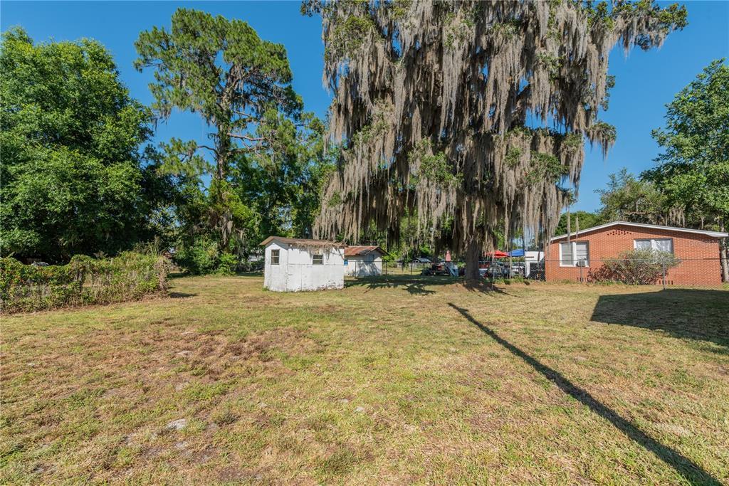 6622 E State Road 44 Property Photo 4