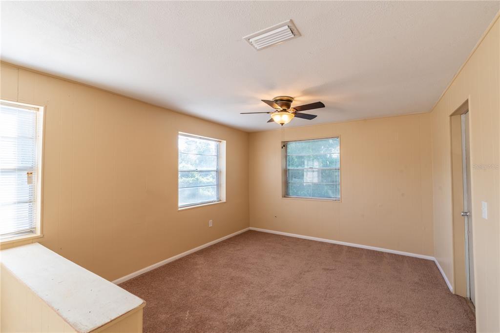 6622 E State Road 44 Property Photo 13