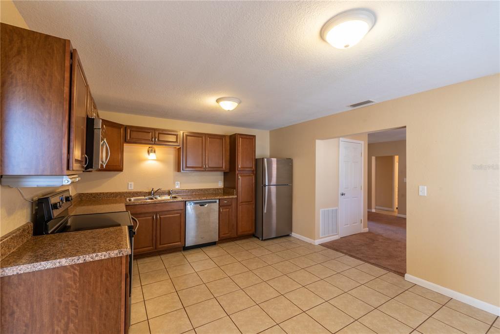 6622 E State Road 44 Property Photo 15