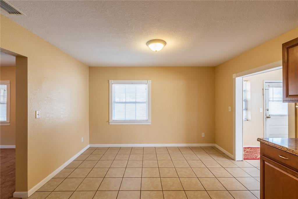 6622 E State Road 44 Property Photo 18