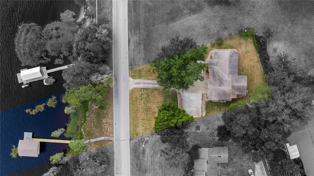 550 E Lakeshore Drive Property Photo 5