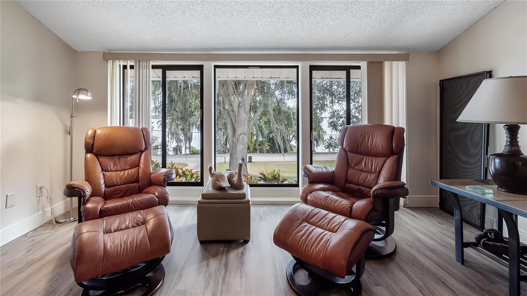 550 E Lakeshore Drive Property Photo 14