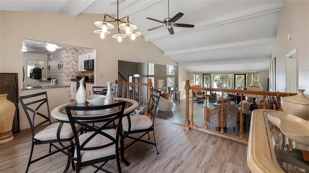 550 E Lakeshore Drive Property Photo 16