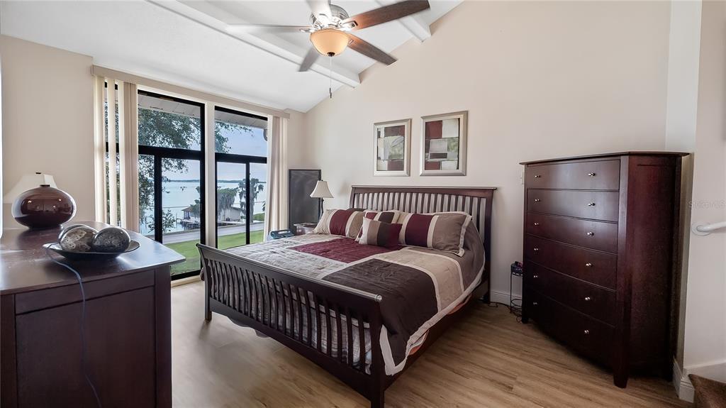 550 E Lakeshore Drive Property Photo 23