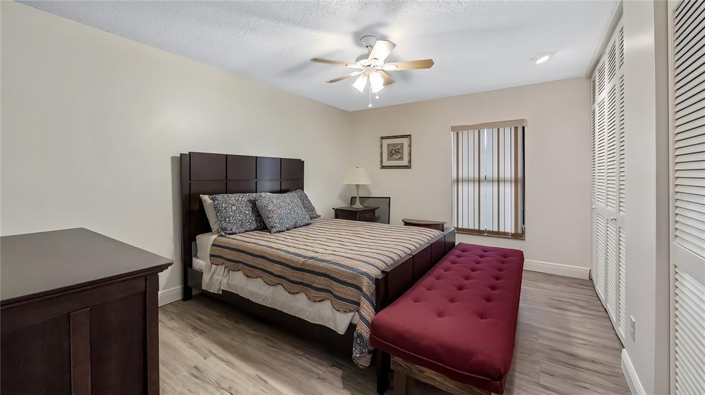 550 E Lakeshore Drive Property Photo 32