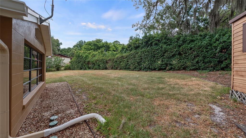 550 E Lakeshore Drive Property Photo 34