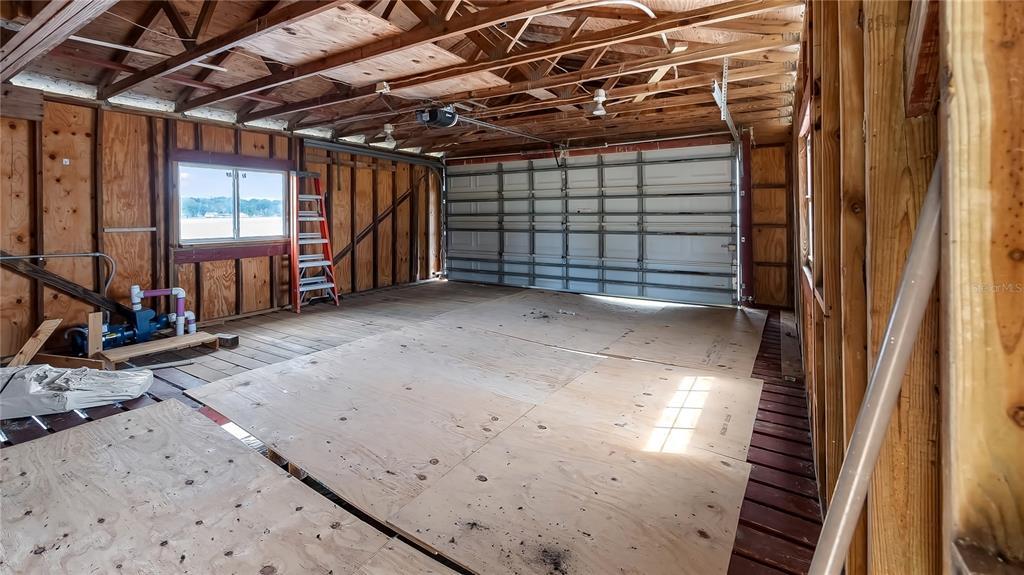 550 E Lakeshore Drive Property Photo 36