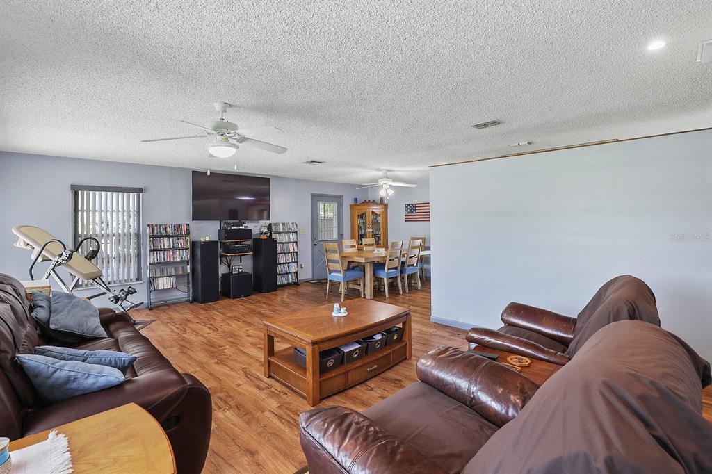 16907 Ridgewood Avenue Property Photo 16