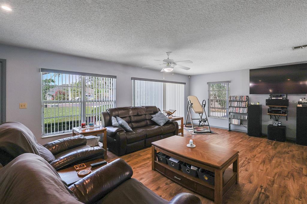 16907 Ridgewood Avenue Property Photo 18