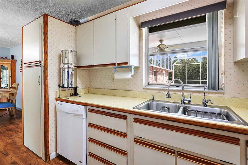 16907 Ridgewood Avenue Property Photo 24