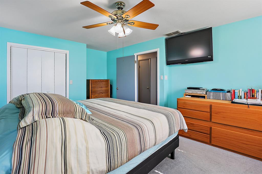 16907 Ridgewood Avenue Property Photo 27