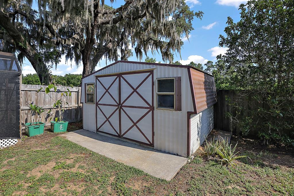 16907 Ridgewood Avenue Property Photo 34