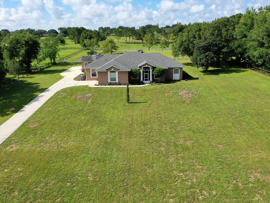 15144 Thoroughbred Ln Property Photo 2