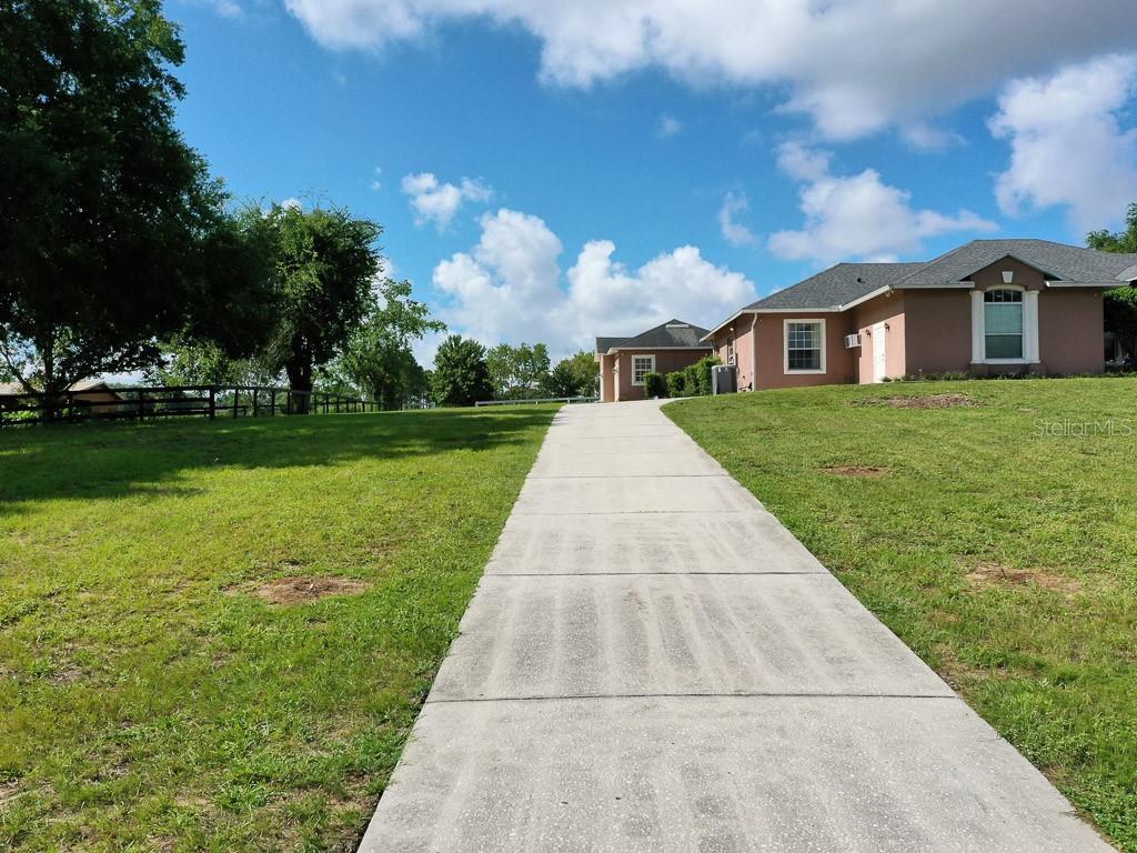 15144 Thoroughbred Ln Property Photo 25