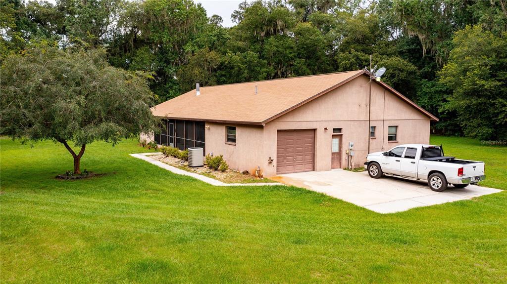 1760 Cr 753s Property Photo 1