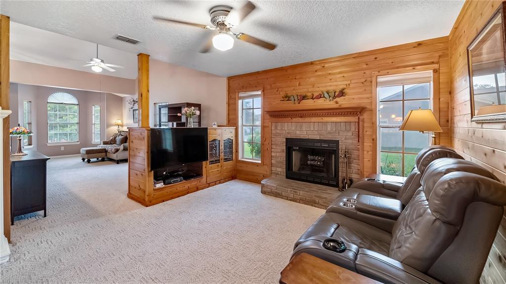 10436 Lago Louisa Court Property Photo 12